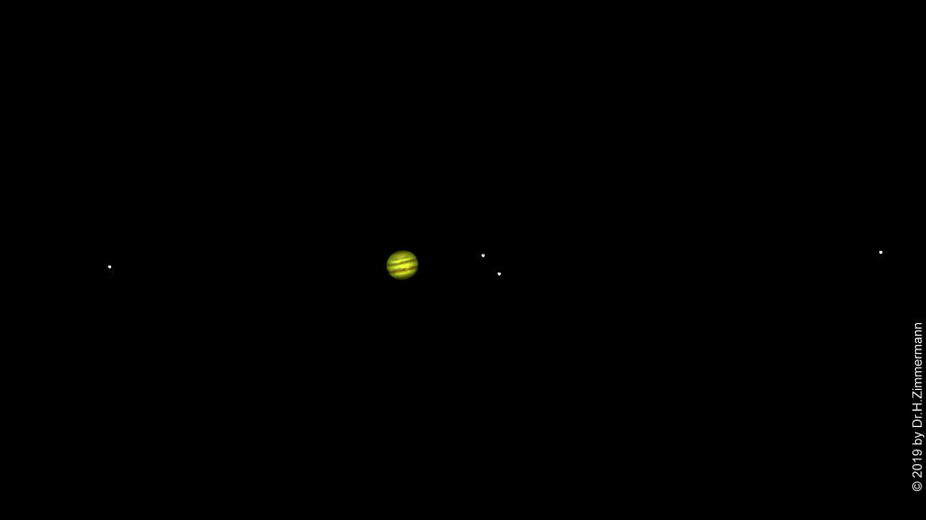 Jupiter-with-4-Moons.jpg